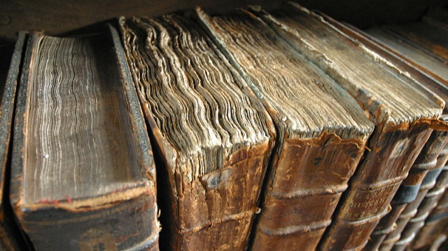 Old Books Wikimedia